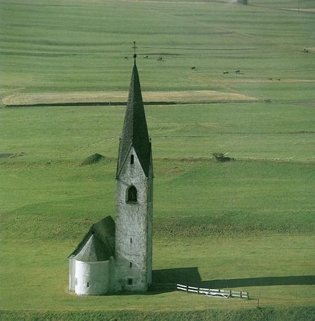 Die Kirche St. Georg in Kals am Großglockner (Osttirol)