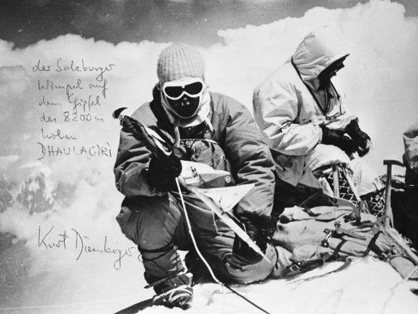 """Kurt Diemberger: Am 13. Mai 1960 bei der Besteigung des 8.167 Meter hohen Dhaulagiri, des """"Weissen Berges"""", des 13. und damit vorletzten Achttausenders."""